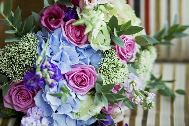 wedding-photographer-cheshire-frances-and-mark-ettington-park-_006