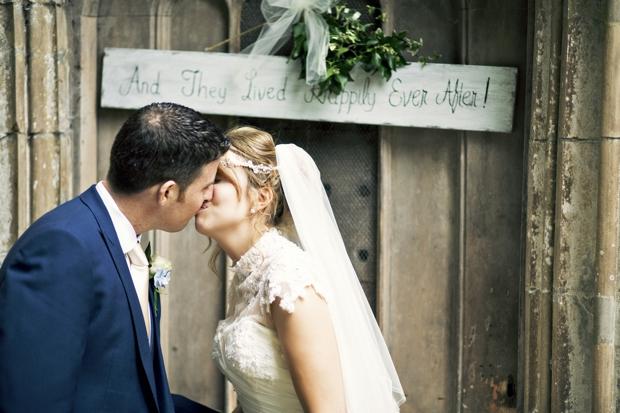 wedding-photographer-cheshire-frances-and-mark-ettington-park-_018