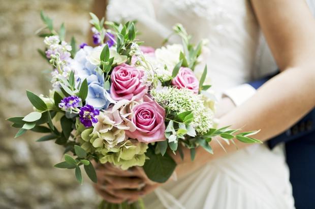 wedding-photographer-cheshire-frances-and-mark-ettington-park-_019